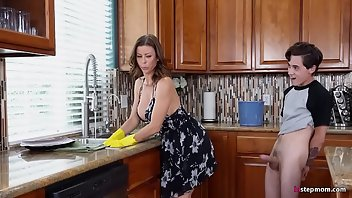 Kitchen MILF Blowjob Cowgirl Oral