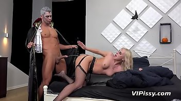 Golden Shower Cumshot Hardcore Blonde