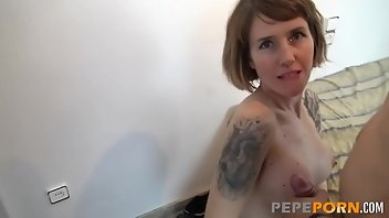 Short Hair European Babe Blowjob
