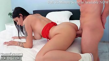 Pick Up Teen Creampie Brunette