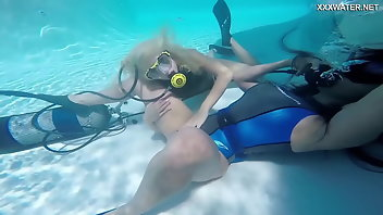 Underwater Masturbation Orgasm